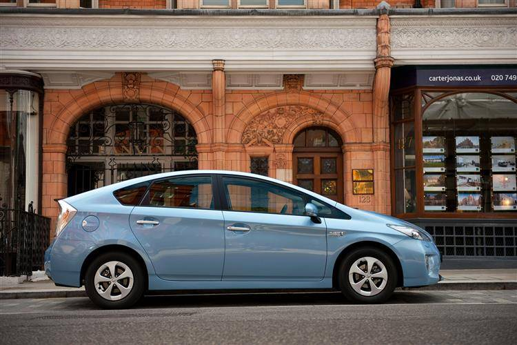 Toyota Prius Plug-In (2012 - 2015) used car review