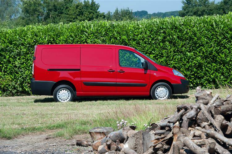 Toyota Proace (2012 - 2016) used car review