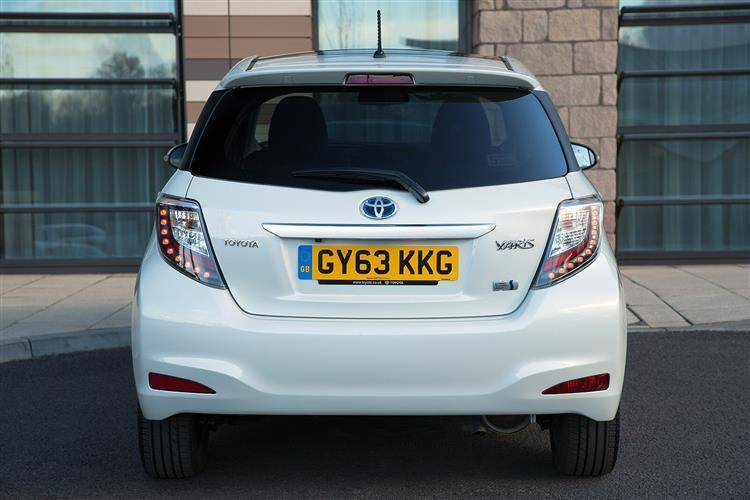 Attractive ... Toyota Yaris Hybrid (2012   2014) Used Car Review ...
