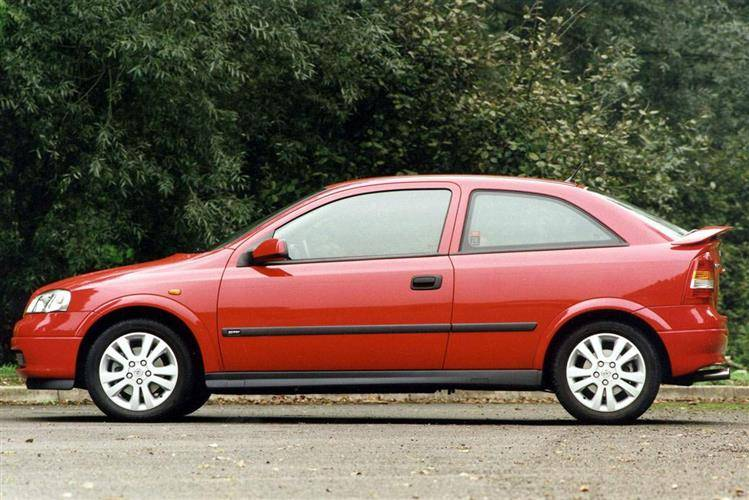 vauxhall astra 1998 2004 used car review car review rac drive. Black Bedroom Furniture Sets. Home Design Ideas