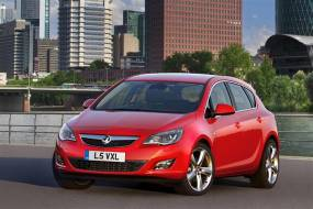 Vauxhall Astra (2010 - 2012) used car review