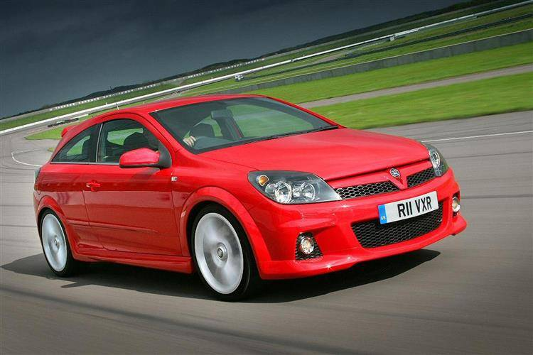 Vauxhall Astra VXR (2005 - 2010) used car review