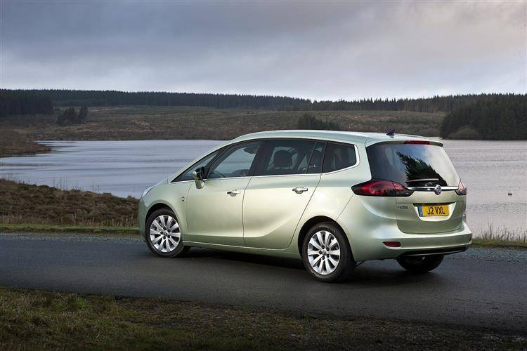 13b63e45340bd1 Vauxhall Zafira Tourer (2012 - 2016) used car review ...