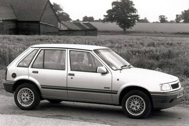 Vauxhall Nova (1983 - 1993) used car review | Car review | RAC Drive