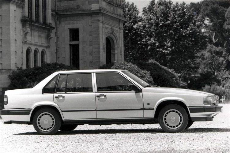 Volvo 900 Series [940/960/S90/V90] (1990 - 1998) used car review