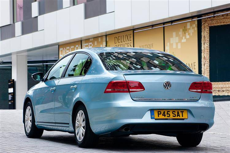 Volkswagen Passat (2010 - 2015) used car review | Car review