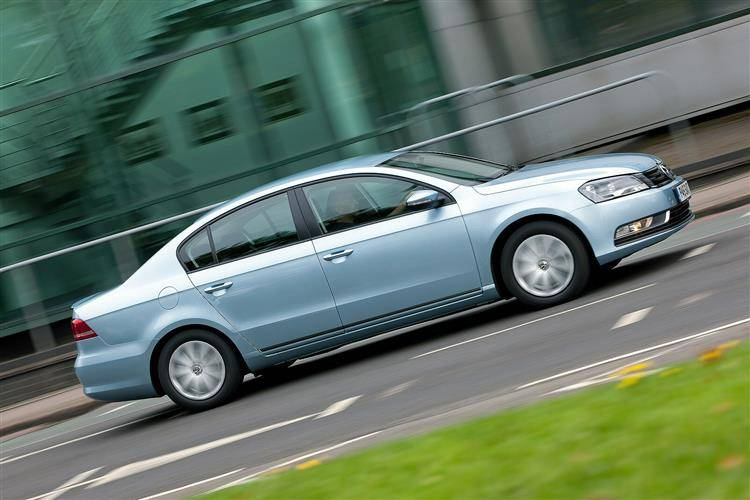 Volkswagen Passat (2010 - 2015) used car review | Car review | RAC Drive