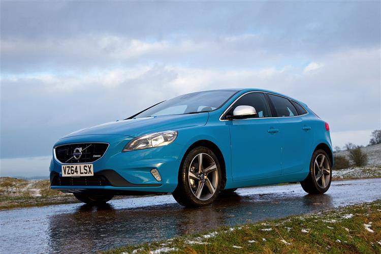 Volvo V40 (2014 - 2016) used car review | Car review | RAC Drive