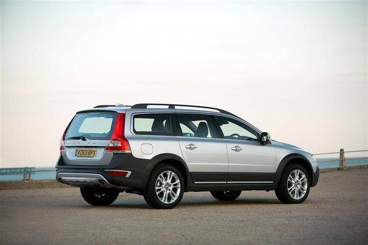 reviews volvo large image car review new featured autotrader