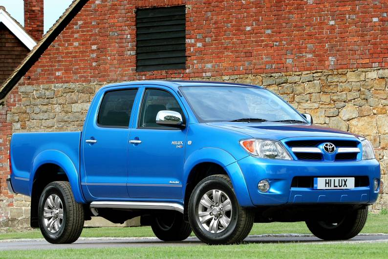 Toyota Hilux (2005 - 2012) used car review | Car review | RAC Drive