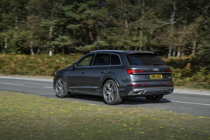 Audi Q7 60 TFSIe review