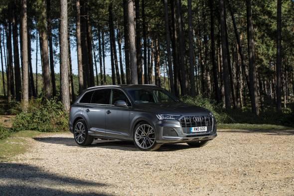 Audi Q7 60 TFSIe review
