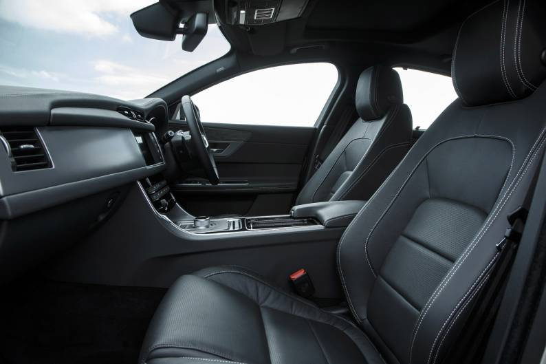 Jaguar XF 3.0 TDV6 S review