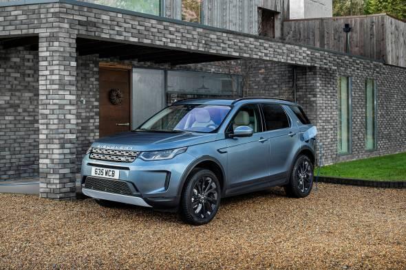 Land Rover Discovery Sport P300e PHEV review