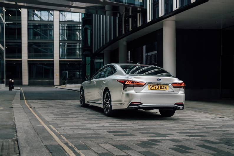 Lexus LS 500h review