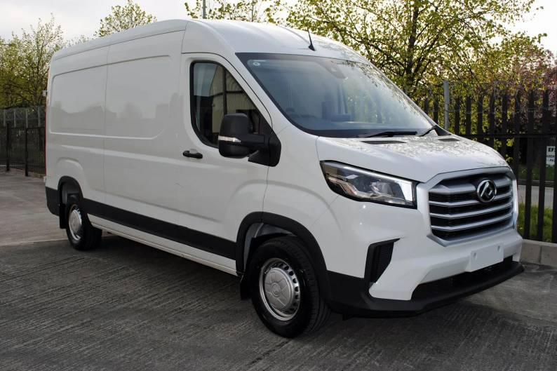 Maxus Deliver 9 review