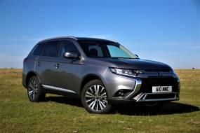 Mitsubishi Outlander Petrol review
