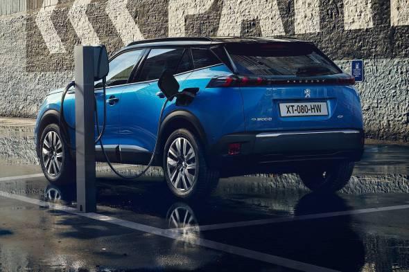 Peugeot e-2008 review