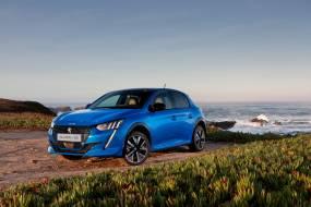Peugeot e-208 review
