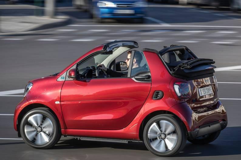 smart EQ fortwo cabrio review