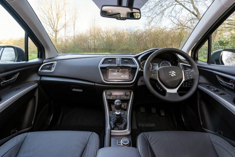 Suzuki S-Cross Hybrid review