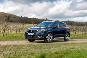 Suzuki S-Cross Hybrid review