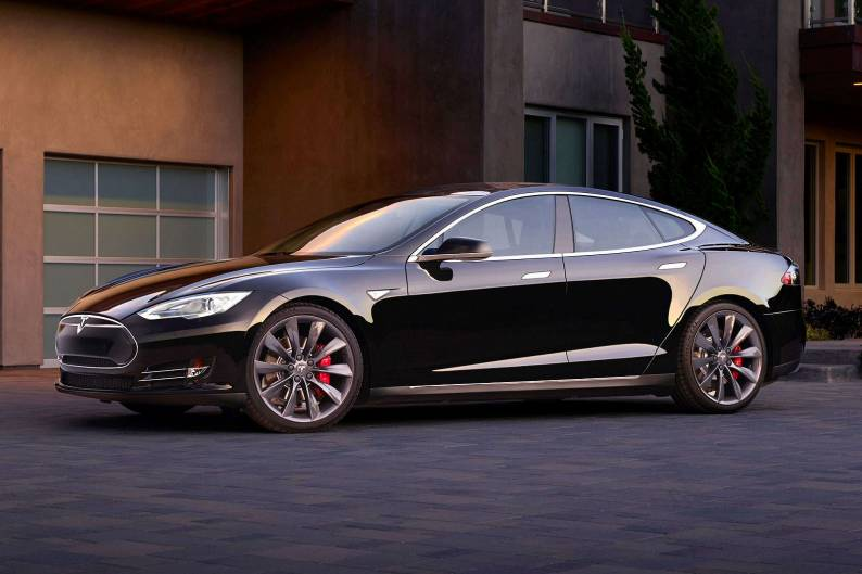 Tesla Model S Performance review