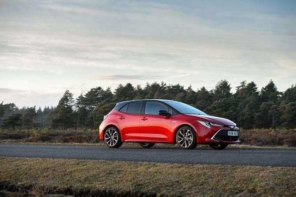 Toyota Corolla 1.8 VVT-i Hybrid review