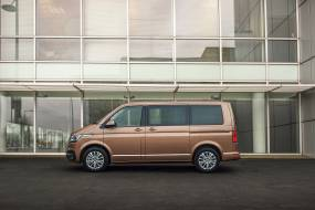 Volkswagen Caravelle 6.1 (1991 - 2010) used car review