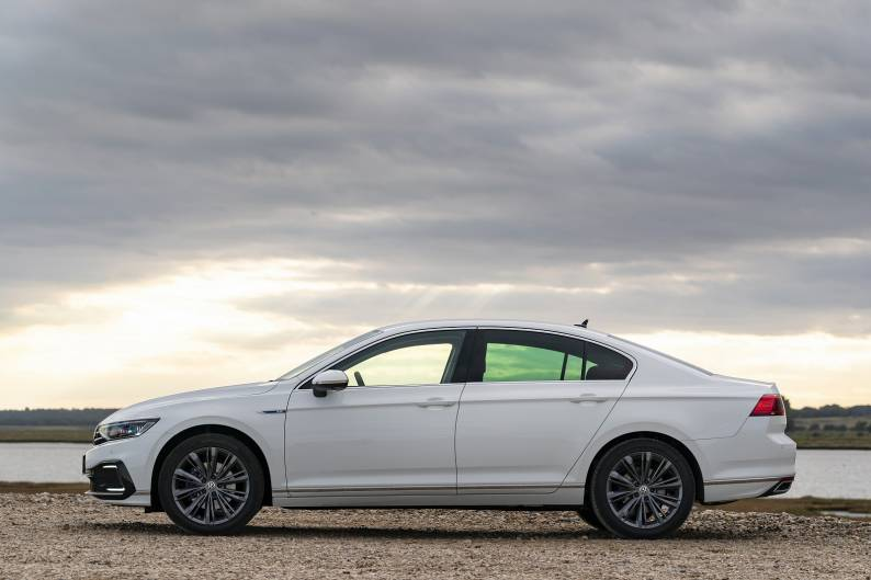 Volkswagen Passat GTE review