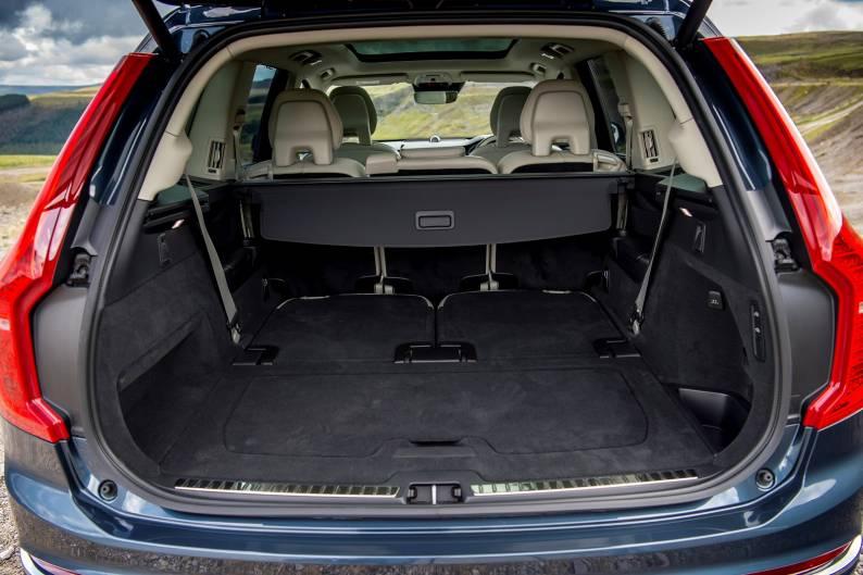 Volvo XC90 B5 review
