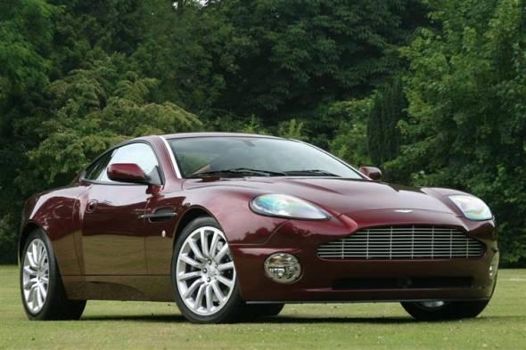Aston Martin Vanquish (2001 - 2007) used car review