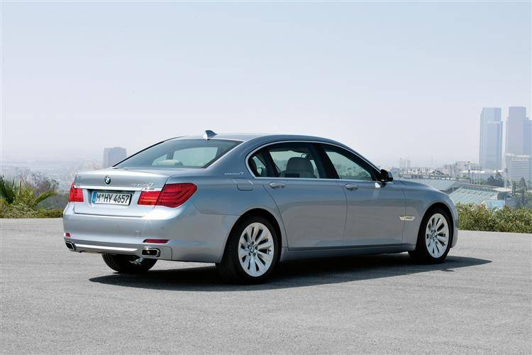 BMW 7 Series ActiveHybrid7 (2012 - 2015) used car review