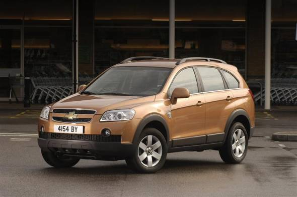Chevrolet Captiva (2007-2011) used car review