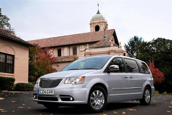 Chrysler Grand Voyager (2008 - 2015) used car review