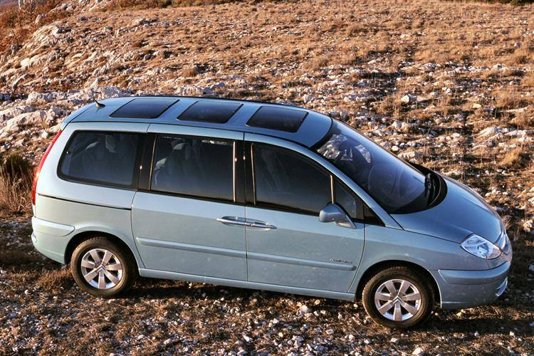 Citroen C8 (2002-2010) used car review