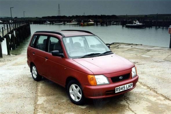 Daihatsu GrandMove (1997 - 2001) used car review