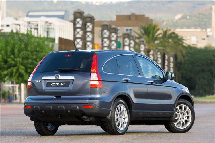 Honda CR-V (2006 - 2009) used car review