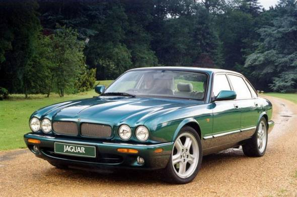 Jaguar XJ8 (1997 - 2003) used car review