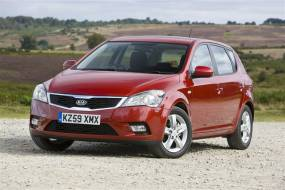 Kia cee'd (2009-2012) used car review