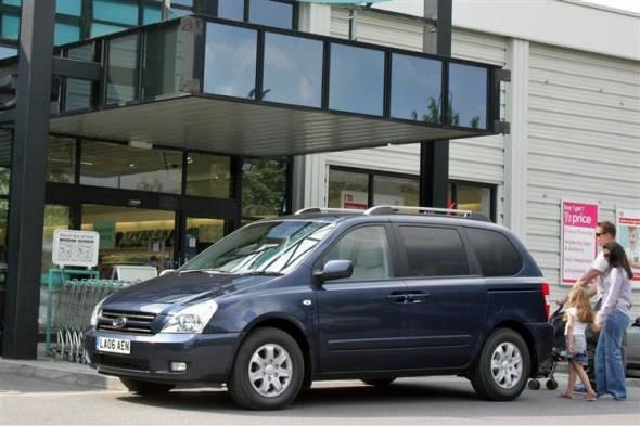 Kia Sedona (2006 - 2012) used car review