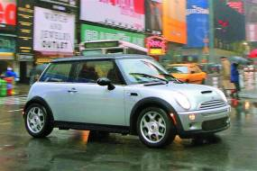 MINI 3-Door Hatch R50 [One] (2001 - 2006) used car review