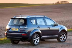 Mitsubishi Outlander (2007 - 2010) used car review