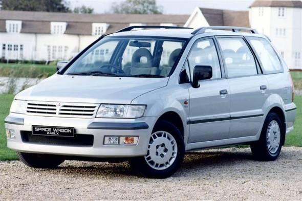 Mitsubishi Space Wagon (1999 - 2004) used car review