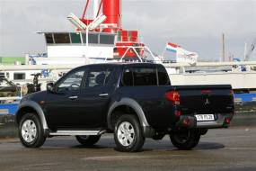 Mitsubishi L200 (2006 - 2010) used car review