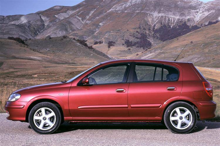 Nissan Almera (2000 - 2007) used car review