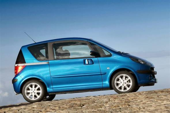 Peugeot 1007 (2005 - 2009) used car review