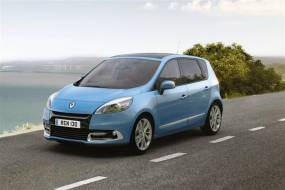 Renault Scenic (2012 - 2013) used car review
