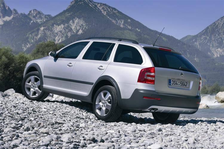 Skoda Octavia Scout (2007 - 2009) used car review