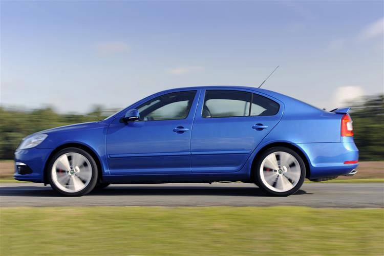 Skoda Octavia vRS (2006 - 2013) used car review